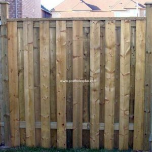 Flat top fence